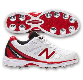 new balance cricket boots